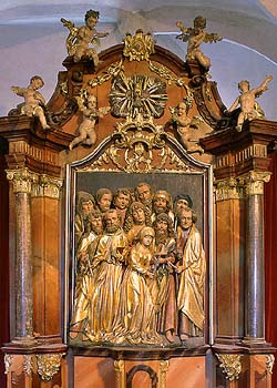Kájov, Church of Pilgrimage, carved altar with statues of the apostles and Virgin Mary, foto: Libor Sváček