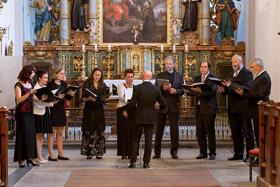 A concert marking the 25th anniversary of inclusion in the UNESCO World Heritage List - Dyškanti, 2.7.2017, Chamber Music Festival Český Krumlov