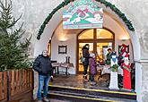 Baby Jesus Postal Office at U Zlatého Anděla and arrival of the White Lady, 9.12.2018, photo by: Lubor Mrázek