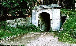 Schwarzenberg navigational canal, tunnel entrance