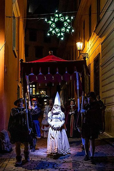 Baby Jesus Postal Office at U Zlatého Anděla and arrival of the White Lady in Český Krumlov 8.12.2019