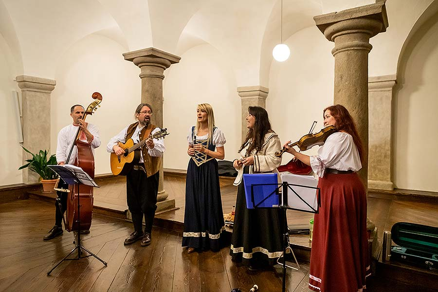 Kapka - Traditional Christmas concert of local folk band in Český Krumlov 15.12.2019