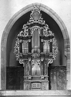 Organ of the choir of the Literary Brotherhood in church of St. Vitus in Český Krumlov, historical photo, foto: B.Kerschner