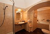 Bathroom Suite 11